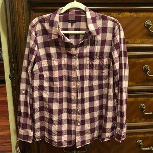 Women Talbots button up shirt